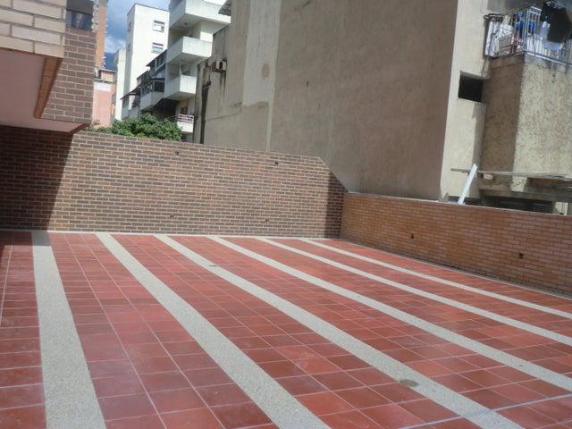 Apartamento En Venta En Caracas - Parroquia La Candelaria Código FLEX: 16-351 No.9