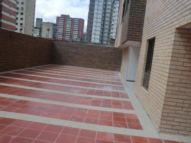 Apartamento En Venta En Caracas - Parroquia La Candelaria Código FLEX: 16-351 No.10