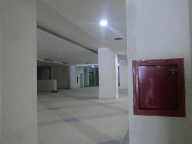 Apartamento En Venta En Caracas - Parroquia La Candelaria Código FLEX: 16-351 No.12
