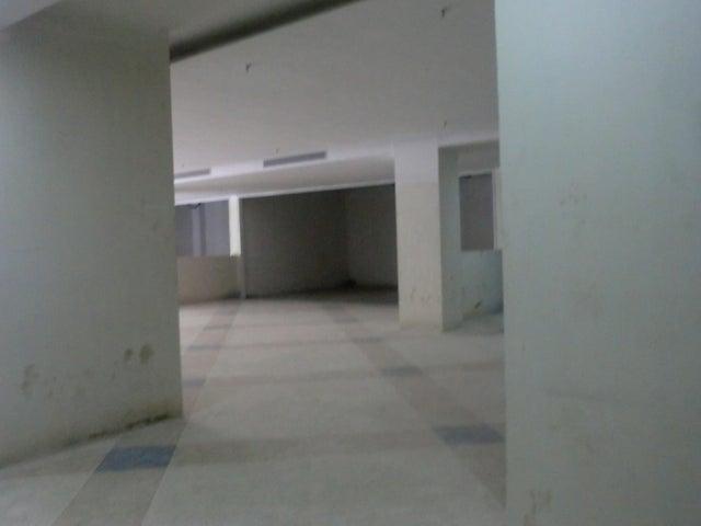 Apartamento En Venta En Caracas - Parroquia La Candelaria Código FLEX: 16-351 No.13