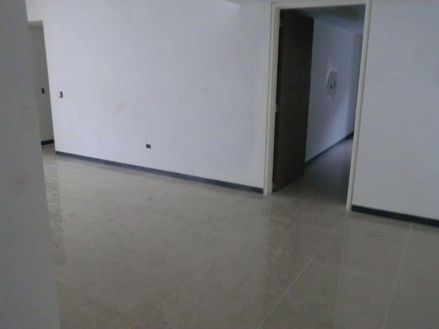 Apartamento En Venta En Caracas - Parroquia La Candelaria Código FLEX: 16-351 No.15