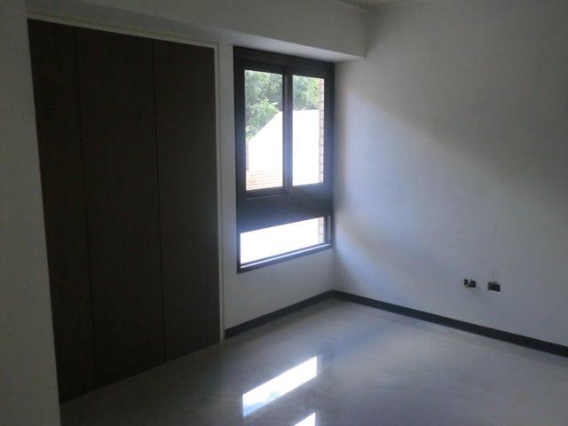 Apartamento En Venta En Caracas - Parroquia La Candelaria Código FLEX: 16-351 No.16