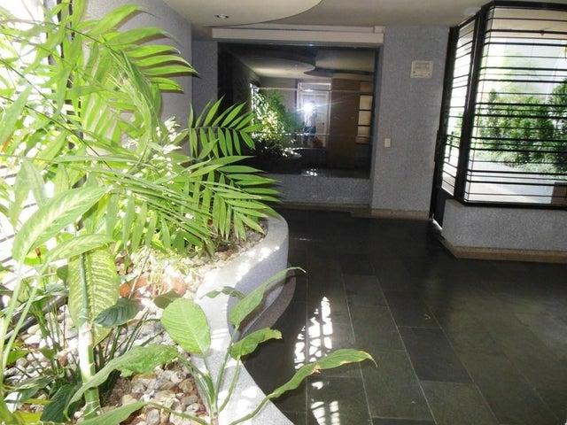 Apartamento En Venta En Caracas - Los Chorros Código FLEX: 16-4416 No.1