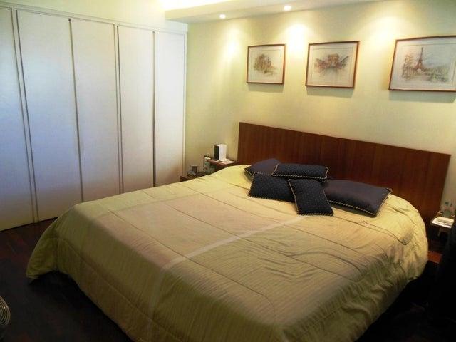 Apartamento En Venta En Caracas - Los Chorros Código FLEX: 16-4416 No.10