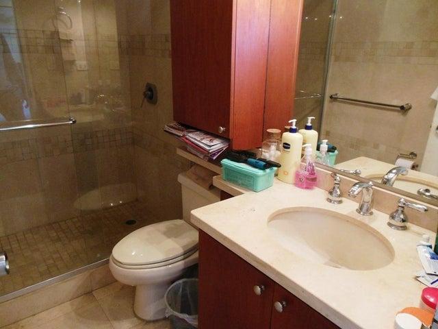 Apartamento En Venta En Caracas - Los Chorros Código FLEX: 16-4416 No.12