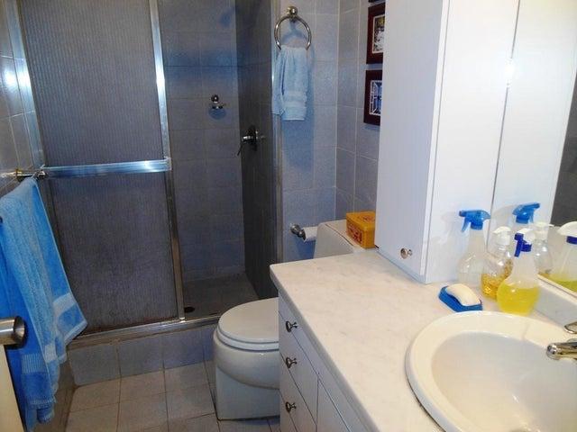 Apartamento En Venta En Caracas - Los Chorros Código FLEX: 16-4416 No.15