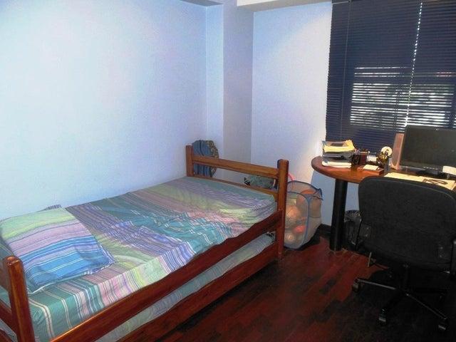 Apartamento En Venta En Caracas - Los Chorros Código FLEX: 16-4416 No.16