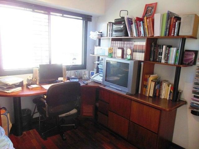 Apartamento En Venta En Caracas - Los Chorros Código FLEX: 16-4416 No.17