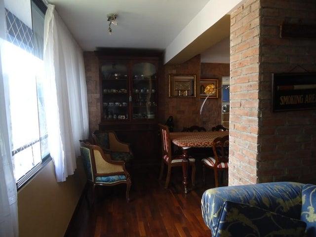 Apartamento En Venta En Caracas - Lomas de La Alameda Código FLEX: 16-4968 No.7