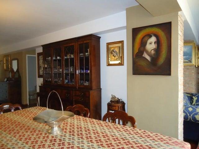 Apartamento En Venta En Caracas - Lomas de La Alameda Código FLEX: 16-4968 No.10