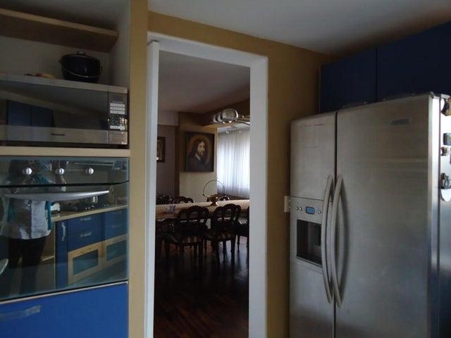 Apartamento En Venta En Caracas - Lomas de La Alameda Código FLEX: 16-4968 No.16