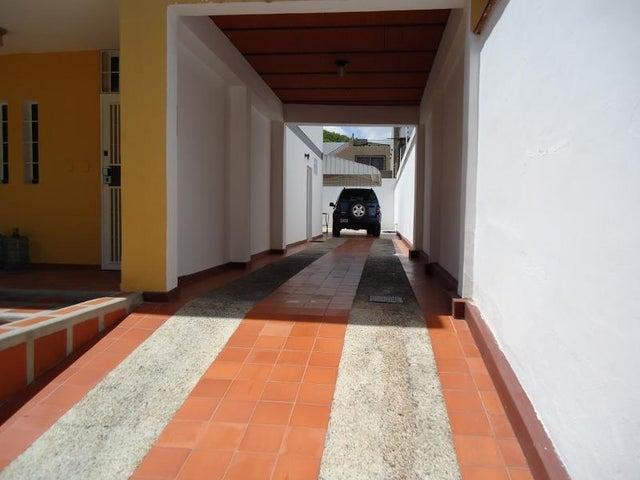 Casa En Venta En Caracas - Montalban I Código FLEX: 16-7354 No.2