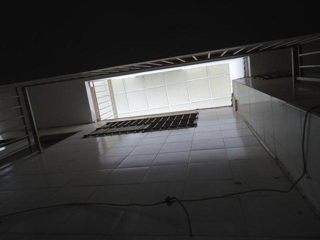 Local Comercial En Venta En Caracas - San Martin Código FLEX: 16-7384 No.10