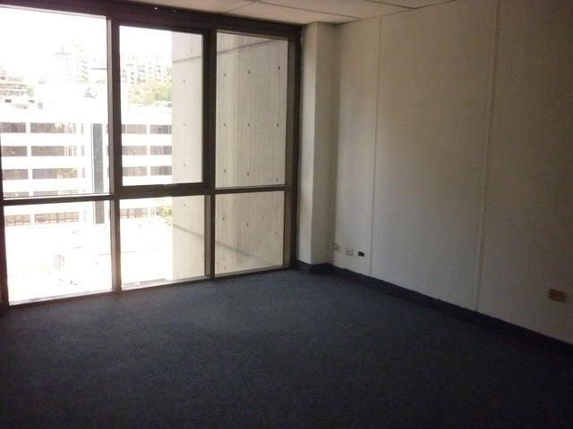 Oficina En Alquiler En Caracas - El Rosal Código FLEX: 16-7565 No.13