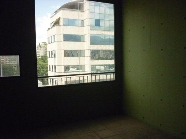 Oficina En Alquiler En Caracas - El Rosal Código FLEX: 16-7567 No.11