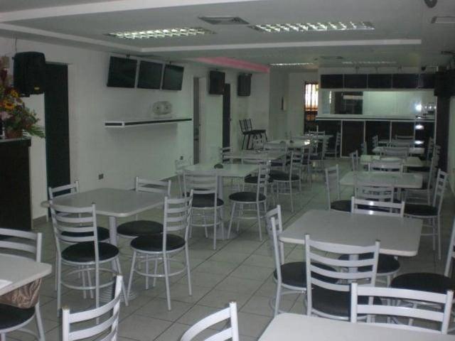 En Venta En Caracas - Los Chaguaramos Código FLEX: 16-9890 No.1