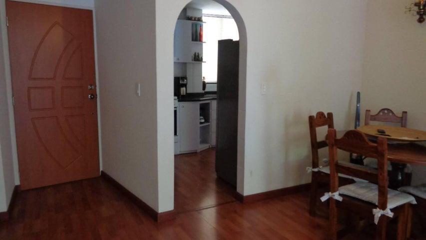 En Venta En Caracas - El Marques Código FLEX: 16-11177 No.10