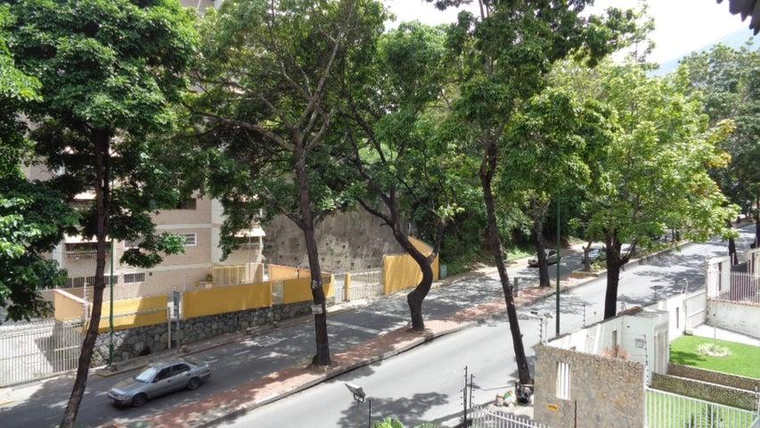 En Venta En Caracas - El Marques Código FLEX: 16-11177 No.11