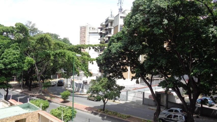 En Venta En Caracas - El Marques Código FLEX: 16-11177 No.15