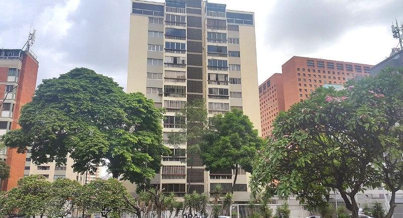 Apartamento En Venta En Caracas - Sabana Grande Código FLEX: 16-11124 No.0