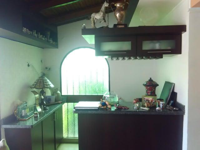Casa En Venta En Caracas - Los Palos Grandes Código FLEX: 16-12087 No.13