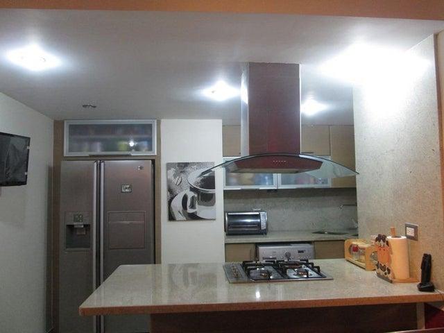 Apartamento En Venta En Caracas - Juan Pablo II Código FLEX: 16-16133 No.2