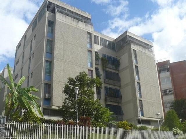 Apartamento En Venta En Caracas - Cumbres de Curumo Código FLEX: 16-17736 No.0