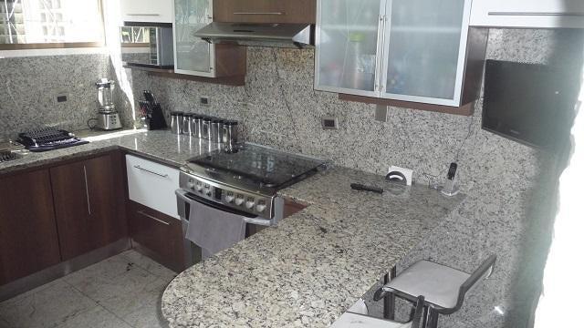 Apartamento En Venta En Caracas - Cumbres de Curumo Código FLEX: 16-17736 No.5