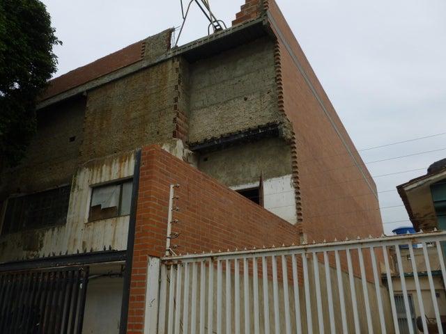 Galpon - Deposito En Venta En Caracas - Santa Monica Código FLEX: 17-444 No.0