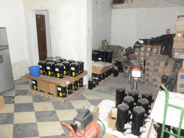 Galpon - Deposito En Venta En Caracas - Santa Monica Código FLEX: 17-444 No.5