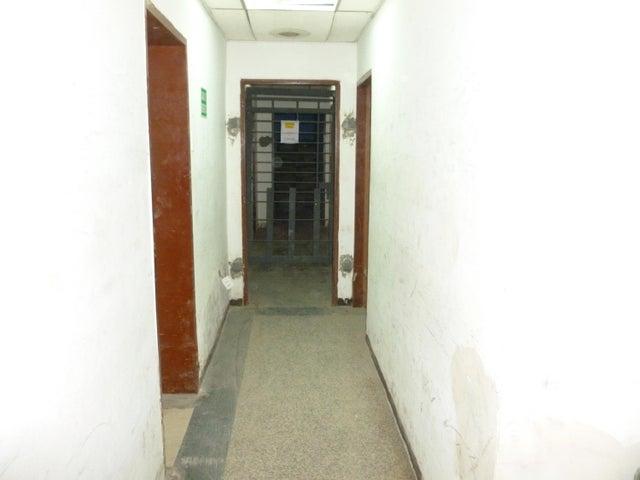 Galpon - Deposito En Venta En Caracas - Santa Monica Código FLEX: 17-444 No.6