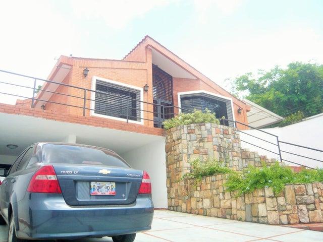 Casa En Venta En Valencia En Altos de Guataparo - Código: 17-6391