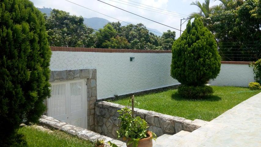 Casa En Venta En Caracas - Miranda Código FLEX: 17-6978 No.1