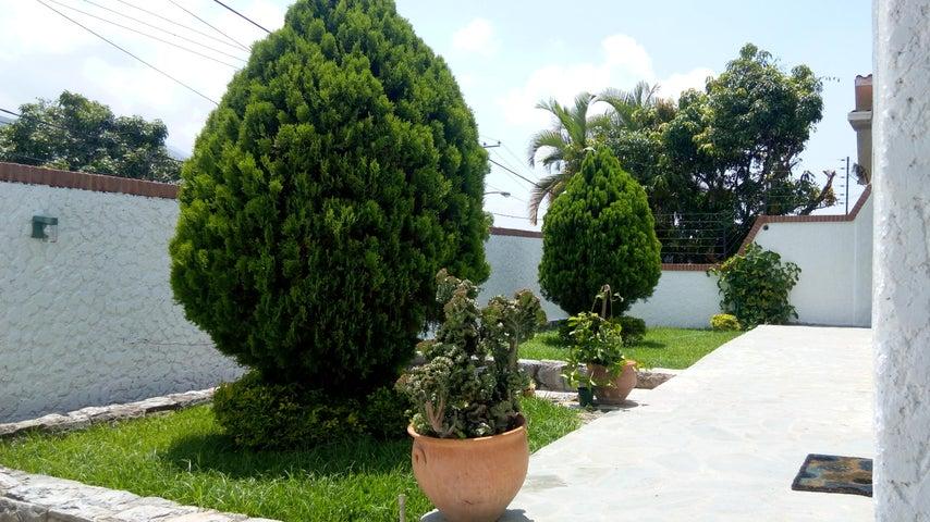 Casa En Venta En Caracas - Miranda Código FLEX: 17-6978 No.2