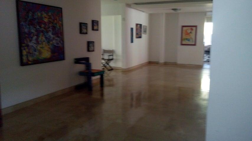 Casa En Venta En Caracas - Miranda Código FLEX: 17-6978 No.10