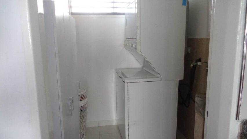 Casa En Venta En Carrizal - Municipio Carrizal Código FLEX: 17-7628 No.15