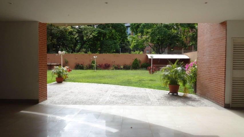 Apartamento En Venta En Caracas - El Rosal Código FLEX: 17-7746 No.14