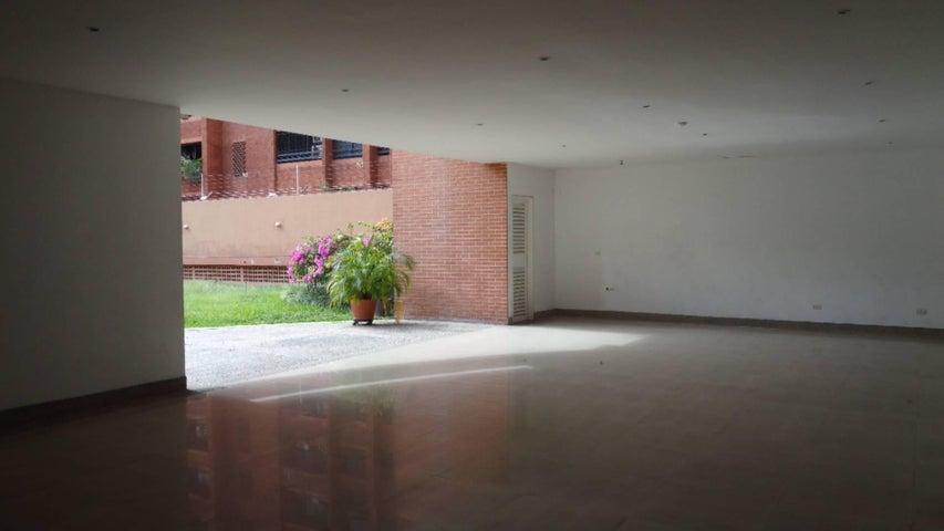 Apartamento En Venta En Caracas - El Rosal Código FLEX: 17-7746 No.15