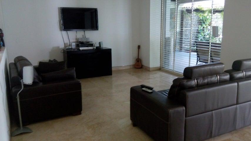 Casa En Venta En Caracas - Miranda Código FLEX: 17-6978 No.17
