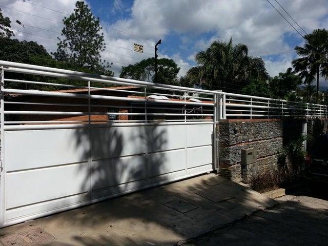 Casa En Venta En Caracas - Cerro Verde Código FLEX: 17-10793 No.0