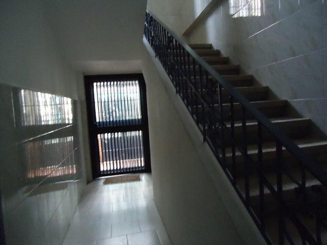 Edificio En Venta En Caracas - Cementerio Código FLEX: 17-10798 No.17