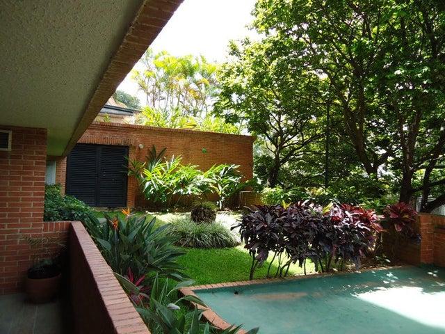 Apartamento En Venta En Caracas - Colinas de Valle Arriba Código FLEX: 17-10818 No.13