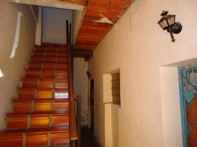 Edificio En Venta En Caracas - Catia Código FLEX: 17-10830 No.11