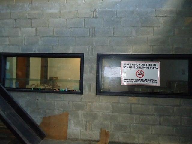 Galpon - Deposito En Venta En Caracas - Los Rosales Código FLEX: 17-10860 No.8