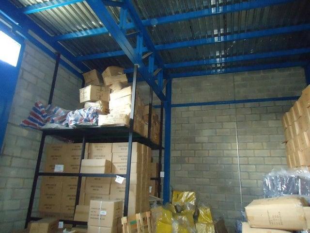 Galpon - Deposito En Venta En Caracas - Los Rosales Código FLEX: 17-10860 No.10