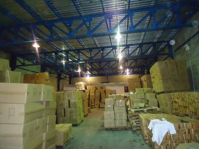 Galpon - Deposito En Venta En Caracas - Los Rosales Código FLEX: 17-10860 No.13