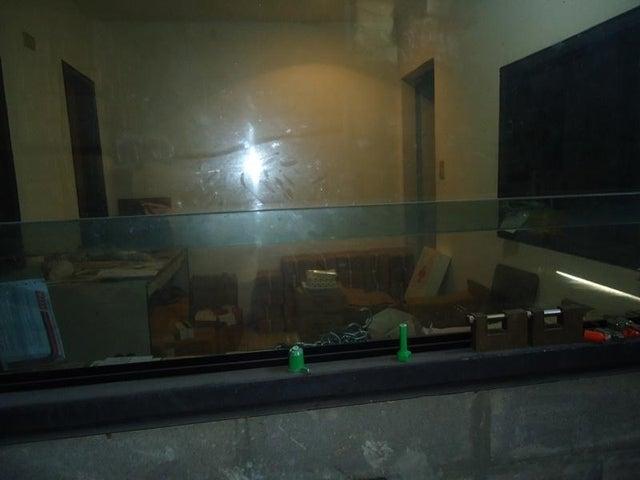 Galpon - Deposito En Venta En Caracas - Los Rosales Código FLEX: 17-10860 No.16