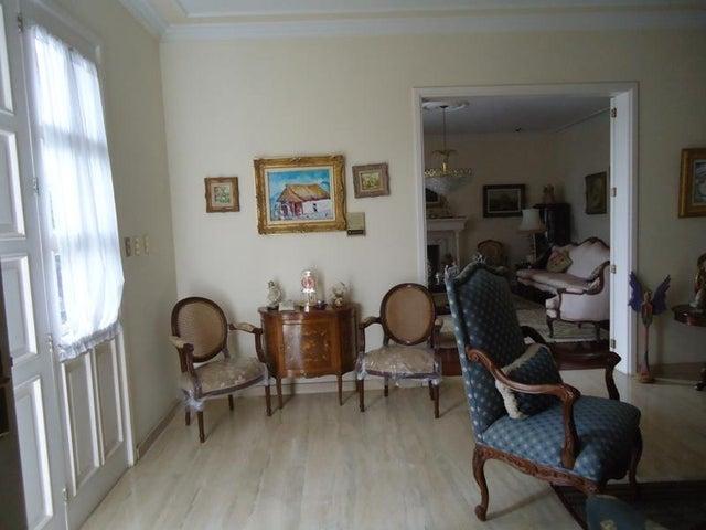 En Venta En Caracas - Los Naranjos del Cafetal Código FLEX: 17-10864 No.14
