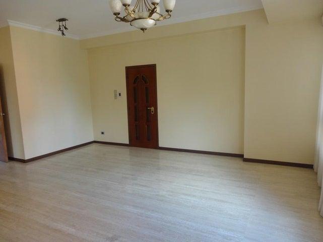 Apartamento En Alquiler En Caracas - La Lagunita Country Club Código FLEX: 17-11176 No.2