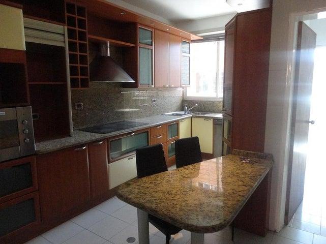 Apartamento En Alquiler En Caracas - La Lagunita Country Club Código FLEX: 17-11176 No.3